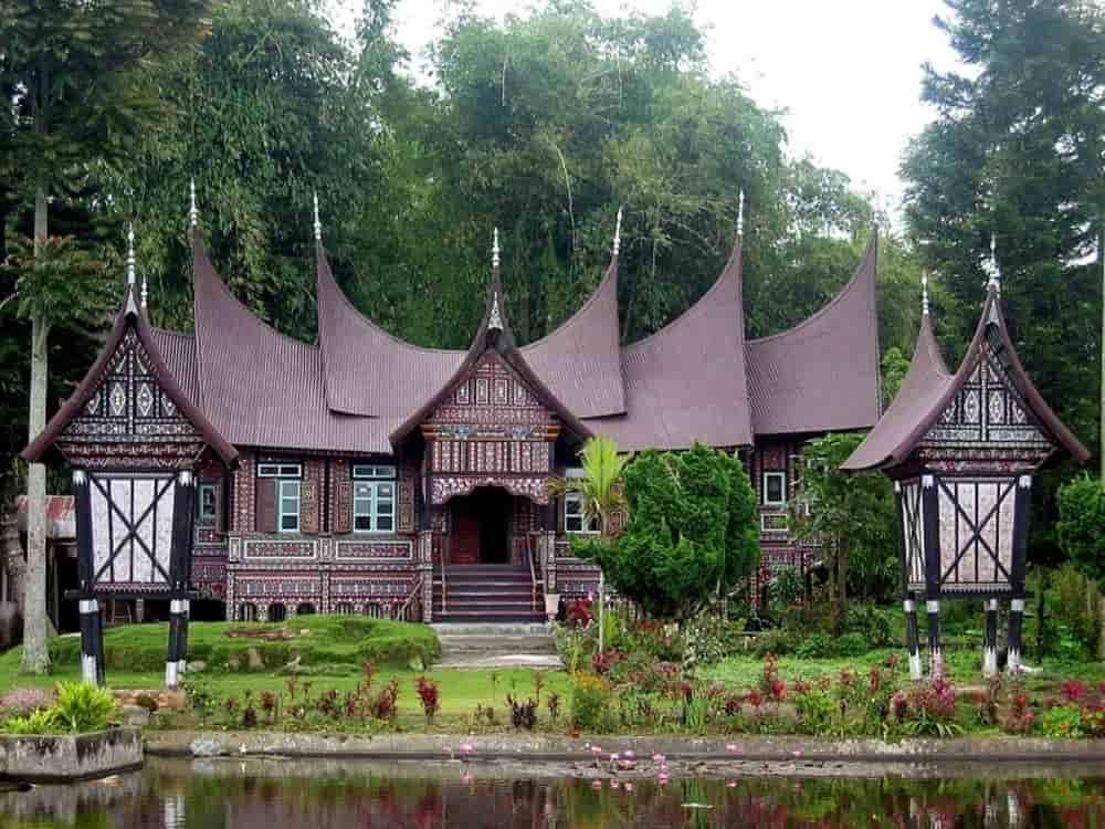 Rumah gadang rumah adat Sumatera Barat