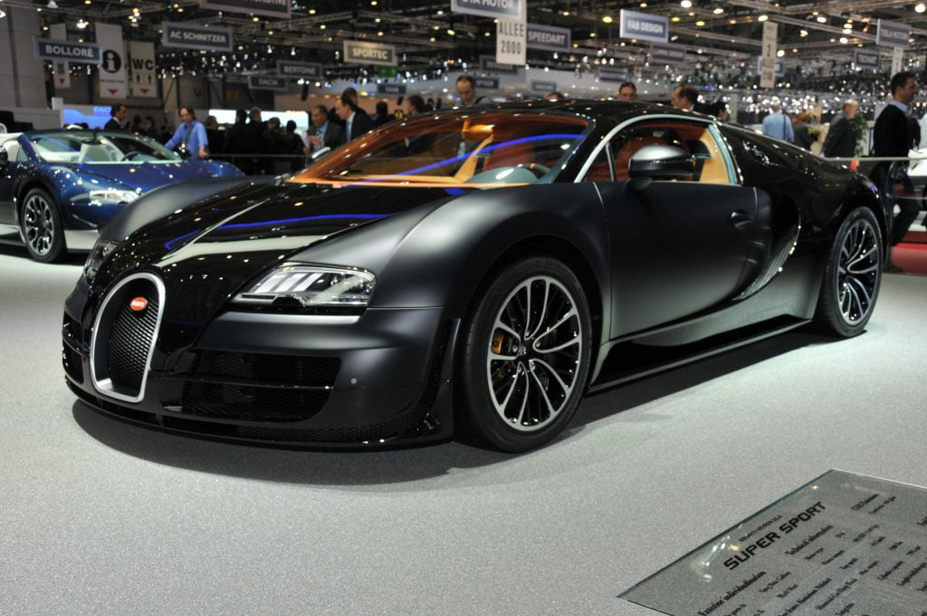 10 Mobil Tercepat Di Dunia: Bugatti Veyron Super Sport
