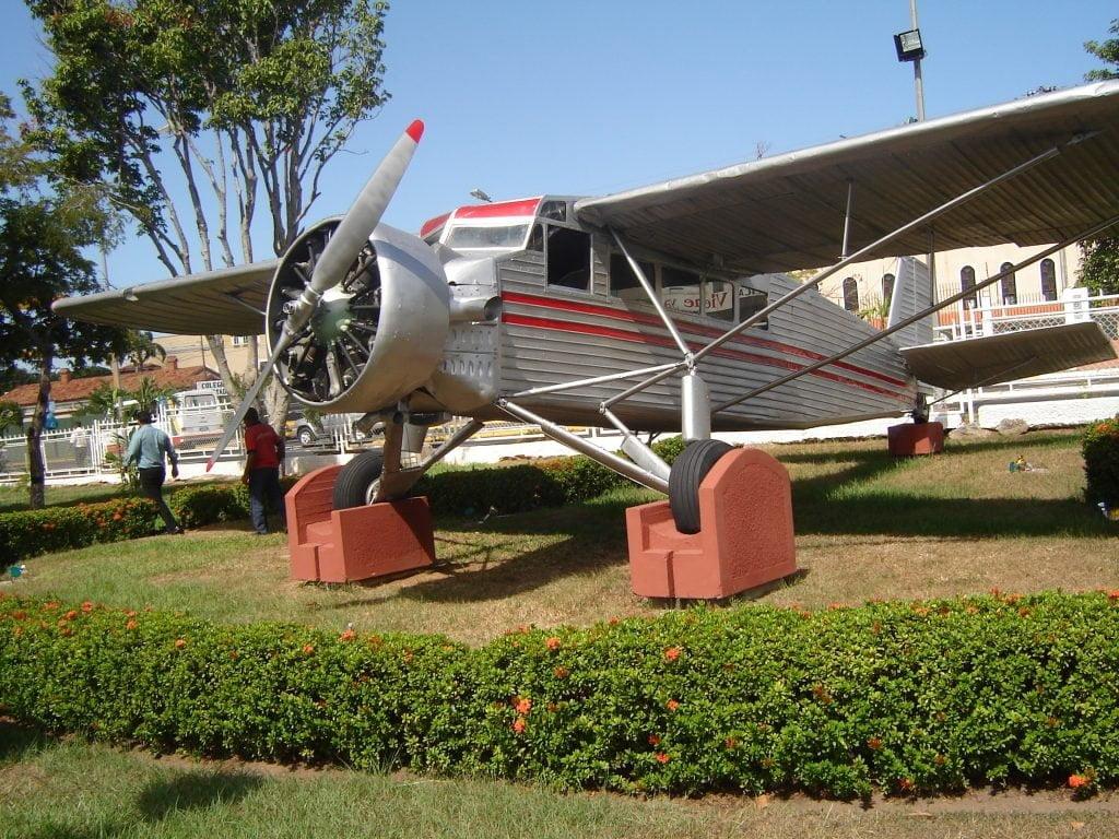 Pesawat Jimmy Angel