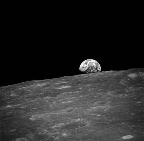 Foto Bumi Dari Foto pertama Bumi dari Apollo 8