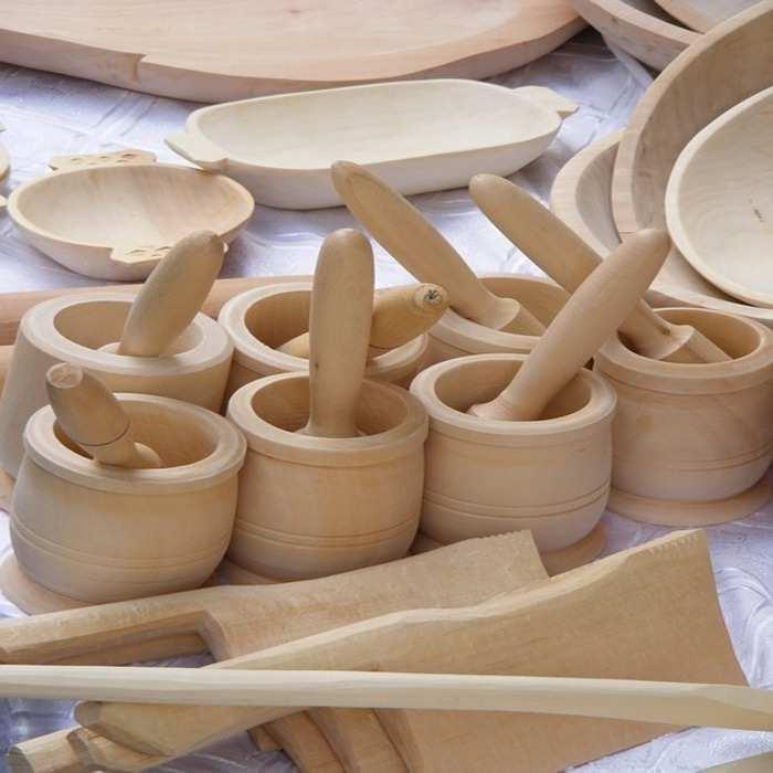 manfaat kayu perabot rumah tangga