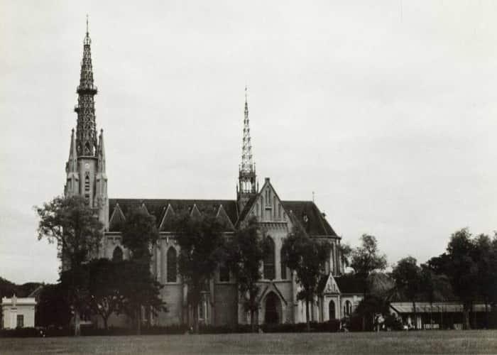Gereja Katedral Jakarta - Lapangan Banteng