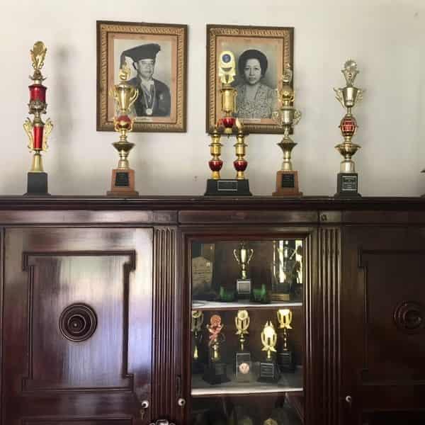 YPAC Surabaya - Sejarah Pendiri