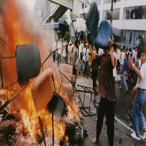 Kerusuhan rasial terhadap etnis Tionghoa