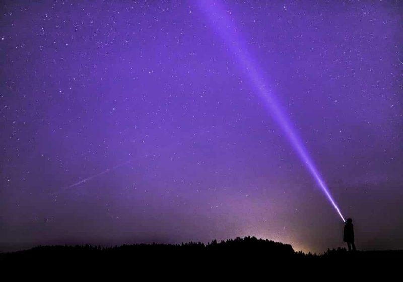 Arti mimpi ungu