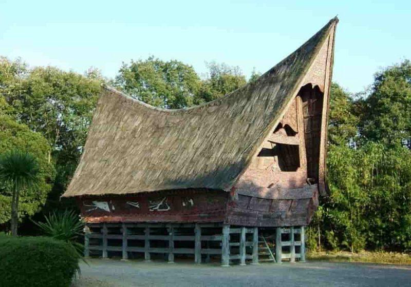Rumah adat batak toba
