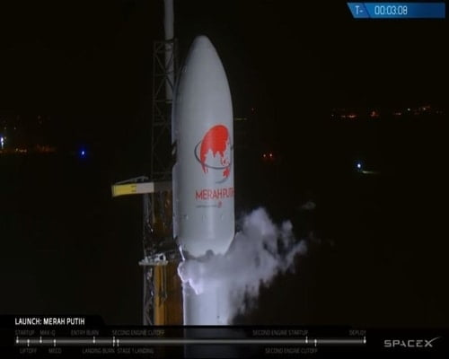 Peluncuran satelit merah putih telkom
