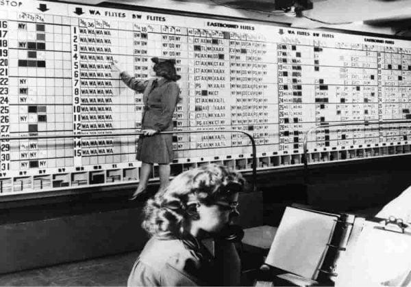 Sejarah pemesanan Tiket pesawat