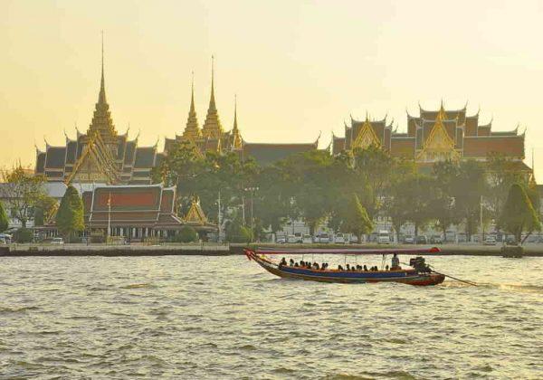 Istana raja bangkok grand palace
