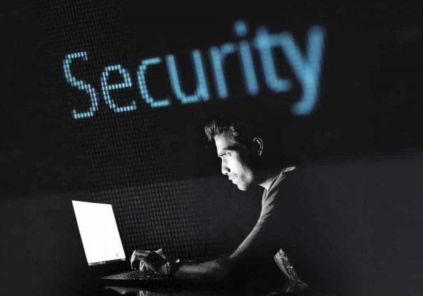 Pengamanan sistem komputer internet