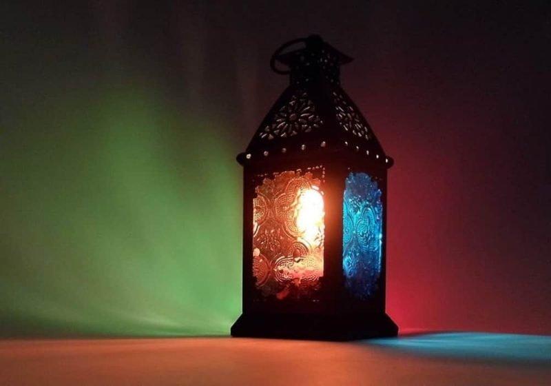 Bulan Ramadan - Pengertian, Sejarah, Kesehatan, Aktivitas dan Budaya