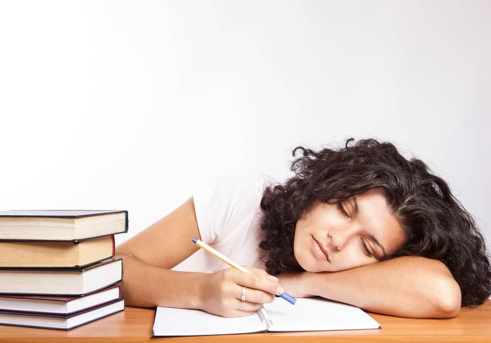Narkolepsi (Tidur Mendadak) - Gangguan Tidur Mendadak - Penjelasan, Penyebab, Gejala dan Pengobatan