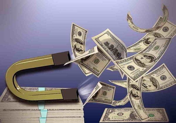 Motif Melakukan Investasi Internasional - Investor, Kreditor dan Motif Berburu Dana di Pasar Internasional