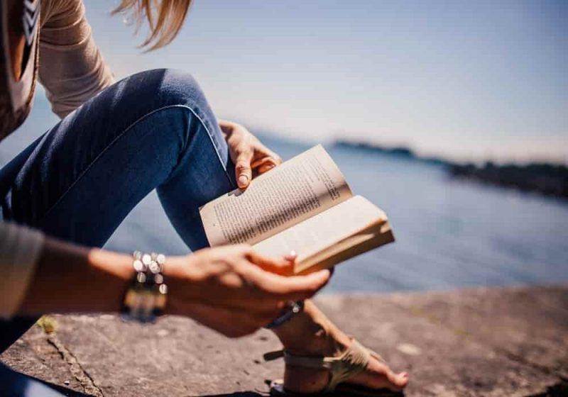Arti mimpi membaca