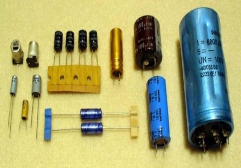 Rumus kapasitas kapasitor kondensator elko