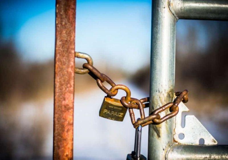 Lockdown karantina wilayah