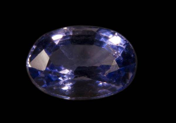 Batu permata tanzanite potongan 38 karat