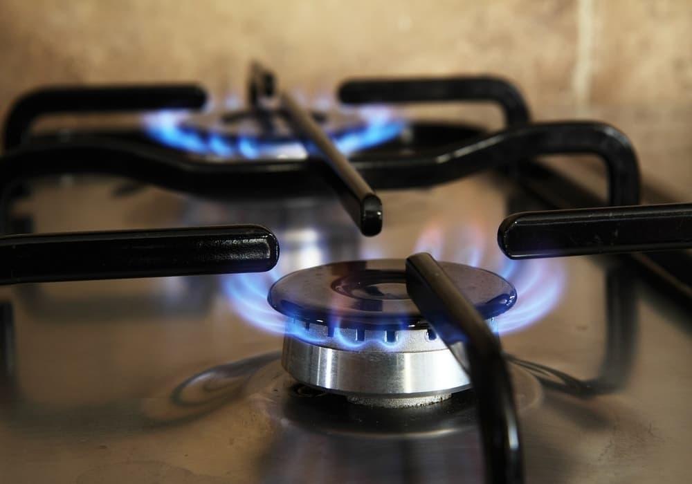 Cara memilih antara kompor gas dan kompor listrik