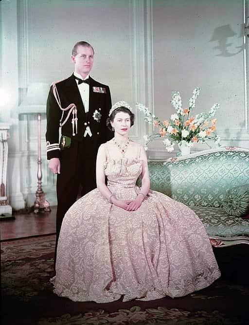 Putri Elizabeth, Duchess of Edinburgh (kemudian menjadi Ratu Elizabeth II) dan Pangeran Philip