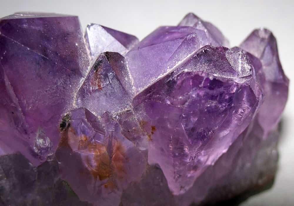 Batu kecubung perhiasan