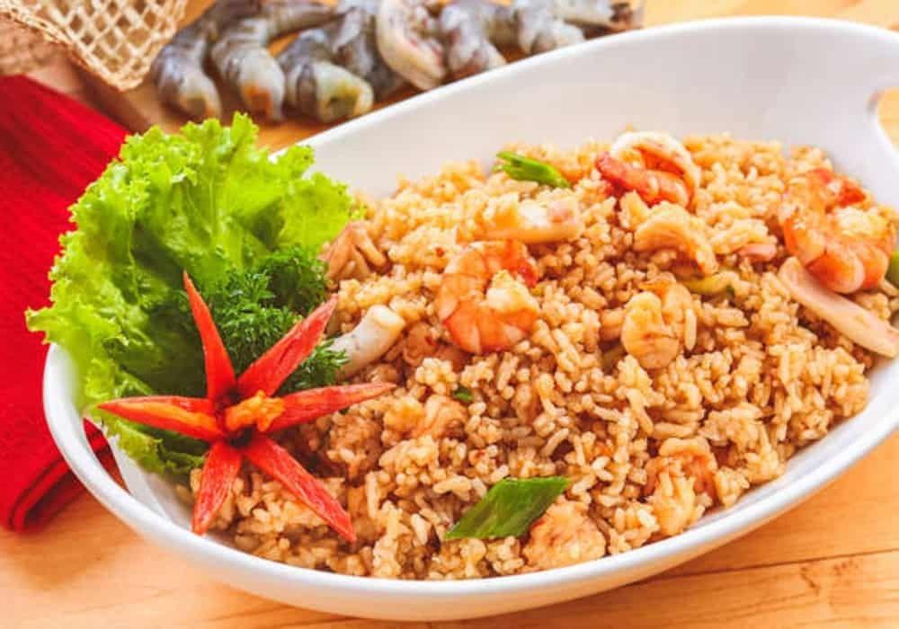 Nasi goreng safood makanan indonesia