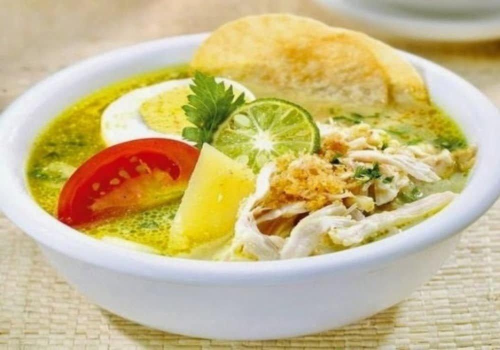 Soto Medan merupakan makanan Indonesia khas Sumatera Utara