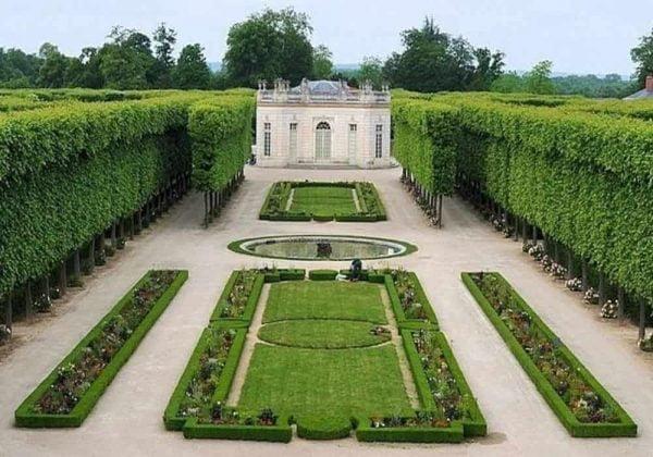 Hantu Petit Trianon | Versailles 1901 | Aktivitas Paranormal