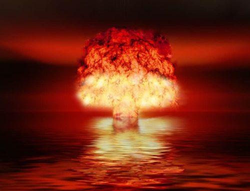 Memadamkan api dengan bom atom