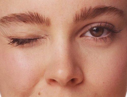 Tic Wajah | Apa perbedaan antara tic wajah dan blepharospasm?